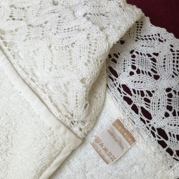 Handtuch Natur mit Spitze, 110cm x 50cm
